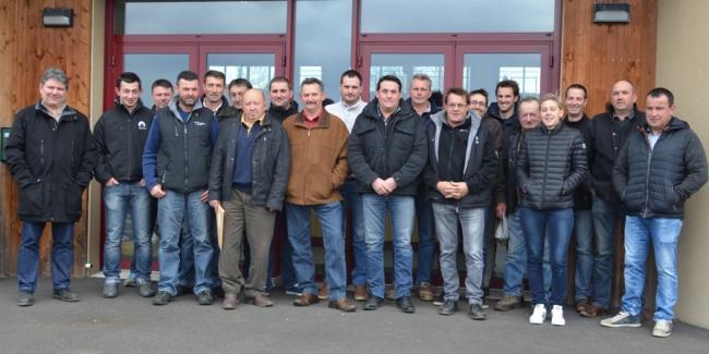 Les leveurs salers fin pr ts pour le salon international de l 39 agriculture groupe salers evolution - Parking salon agriculture ...